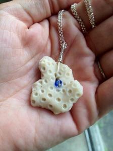 Natural Beach Coral w/Swarovsky Crystal